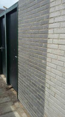 rechter tuindeur + muurtje