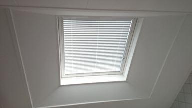 velux raam met schuine aftimmering