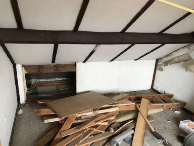 Voordat het mooi kan worden moet er eerst gesloopt worden zolderverbouwing Oosterhout