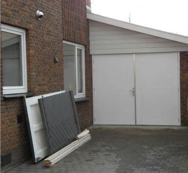 Vervangen garagedeuren Oud-Vossemeeer
