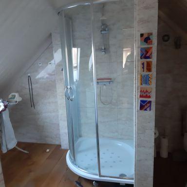 Inloop douche   gemaakt  in Tholen
