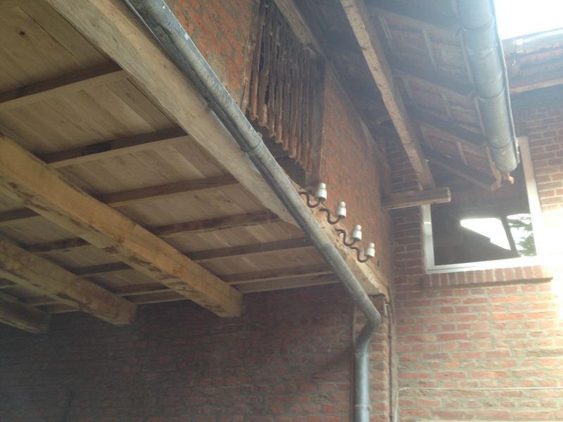 Vernieuwen van de gehele houten contructie van de hooizolder ( Na )