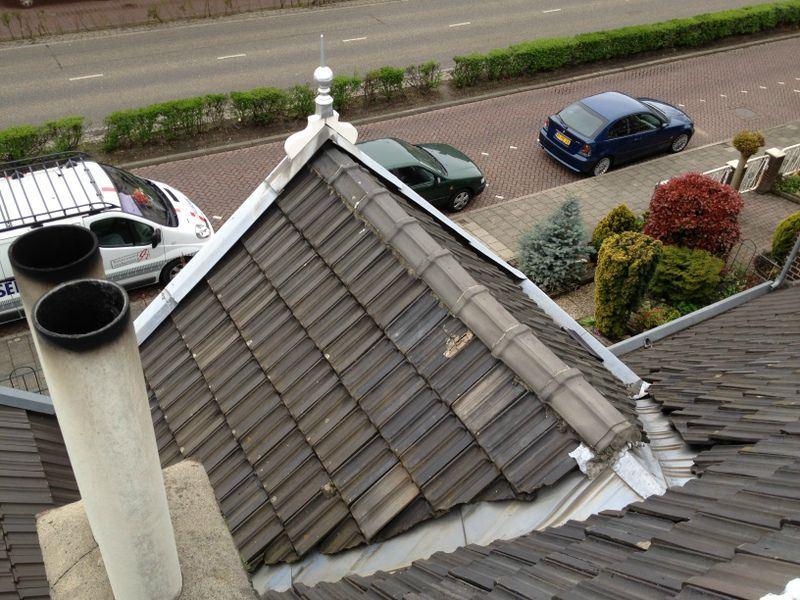 Vernieuwen pannendak in Maastricht ( voor )