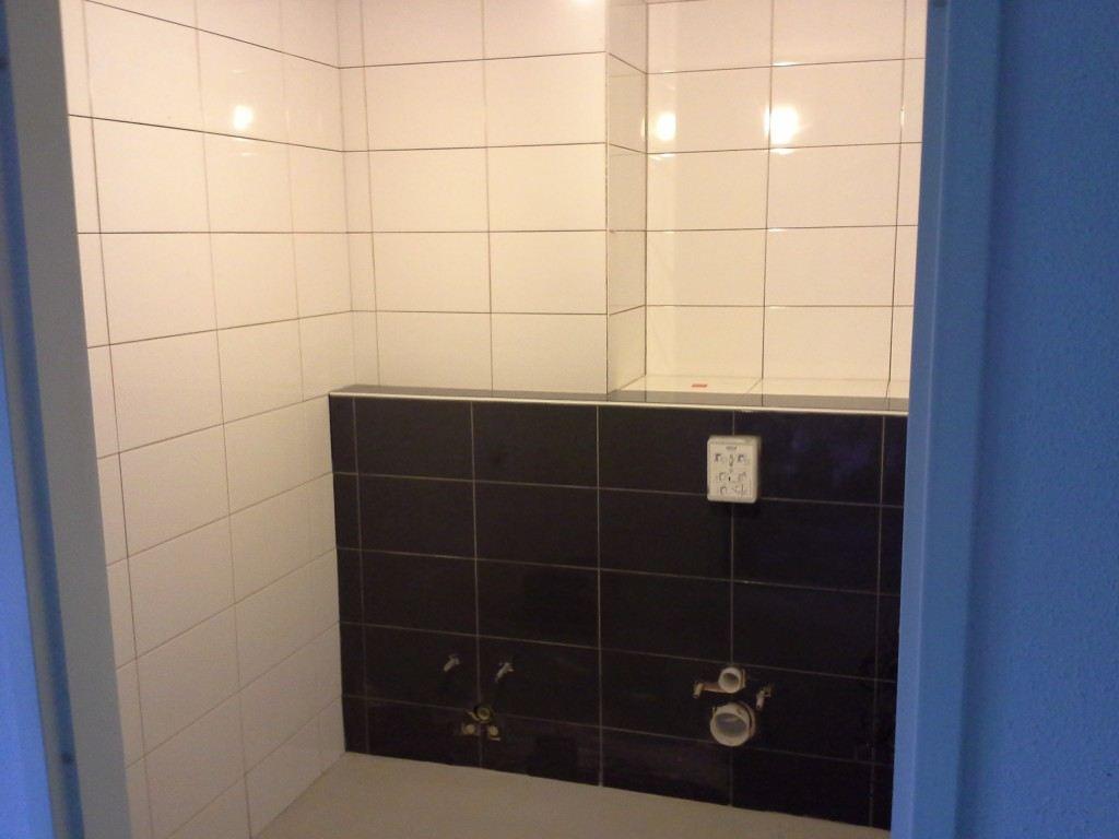 Badkamer- en toiletverbouwing Almere Muziekwijk - De Klussenier ...