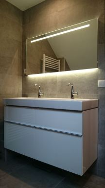 Installatie van complete badkamer te Geertruidenberg
