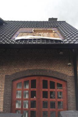 plaatsen VELUX dakvensters Breda