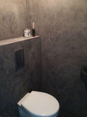 Toilet in stuko