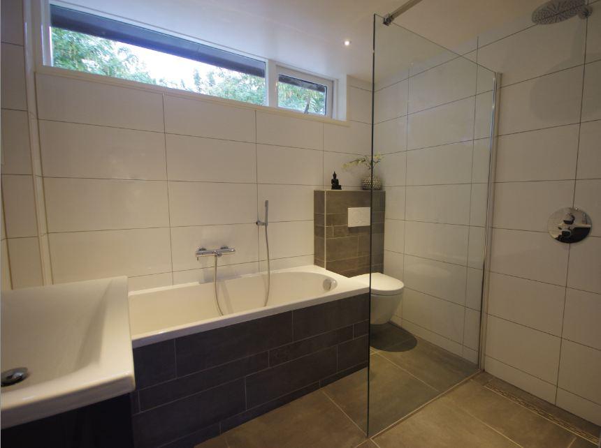 Badkamer plaatsen Geertruidenberg - De Klussenier Jack Verhagen