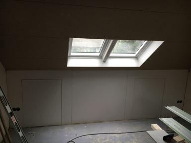 Dubbel Velux dakvenster geplaatst te Lisse,