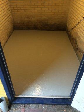 Zand cement vloertje schuur Poortugaal
