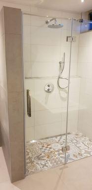 20181128 badkamer met Portugees mozaïektegel