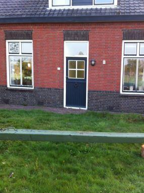 Voordeur vervangen van woonboerderij