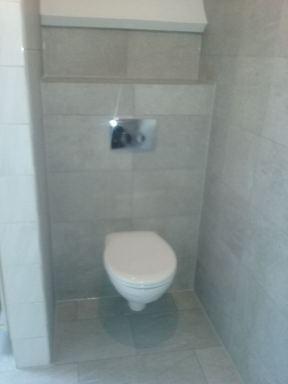toilet in badkamer Poppel