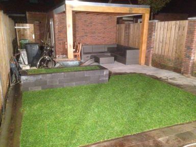 Realisatie van een schuur met terras Rosmalen