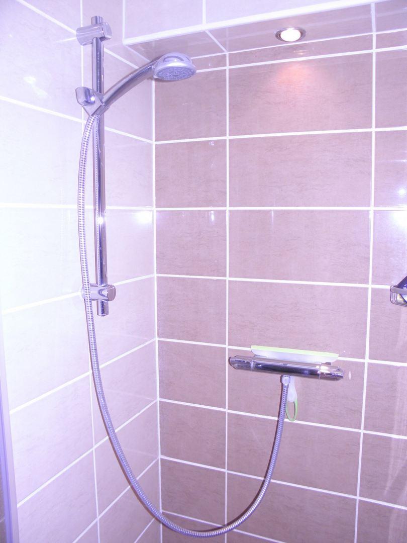 Badkamer renoveren Hoogeveen - De Klussenier Jeffrey Westra
