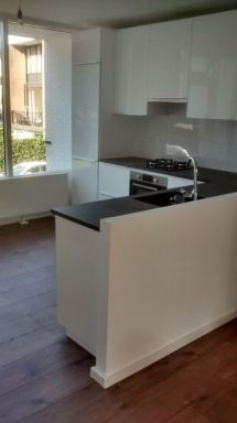 Keuken en laminaatvloer Gorinchem
