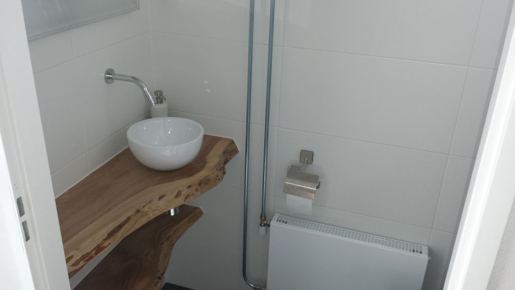 Zelf wc verbouwen great een toilet renoveren begint bij nieuwe