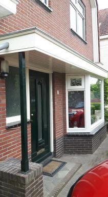 Renovatie erker met afdak boven voordeur Borne nieuwe situatie