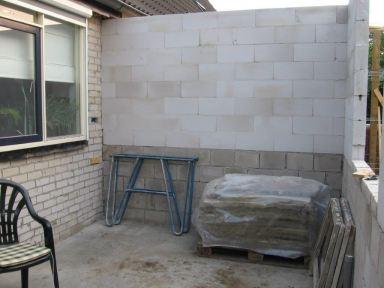 Aanbouw Keuken Lunteren - binnenmuur gelijmd