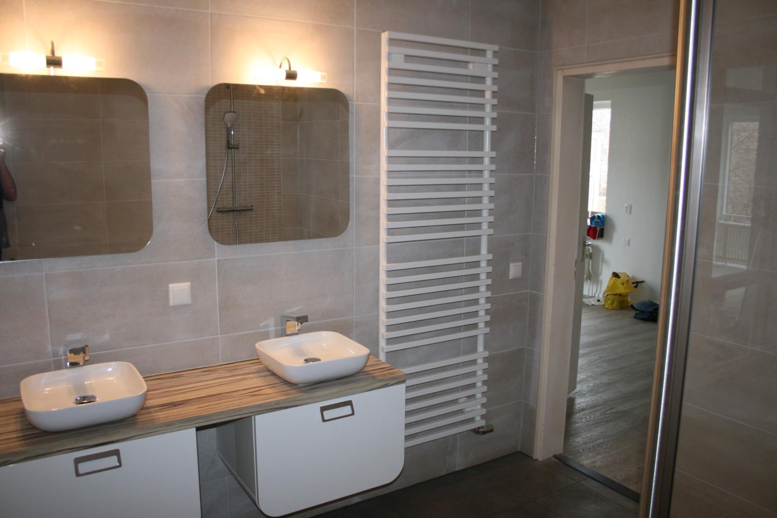 Keuken Badkamer Apeldoorn : Badkamer toilet en keuken verbouwing apeldoorn de klussenier erik