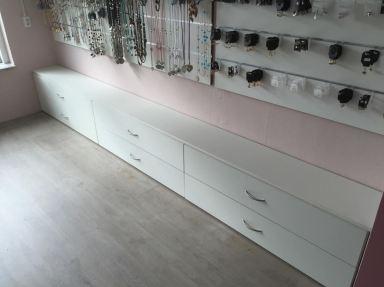 Ladekasten gemaakt voor een winkel in Katwijk