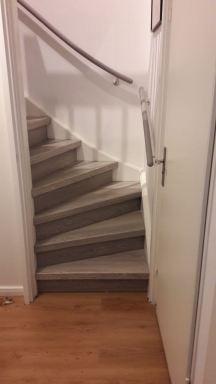 Overzet treden in Dronten geplaatst op 2 trappen.