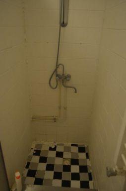 oude douche hoek in Almere
