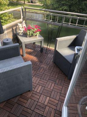 Woning renovatie Almere  balkon voorzien van nieuwe vlonders.