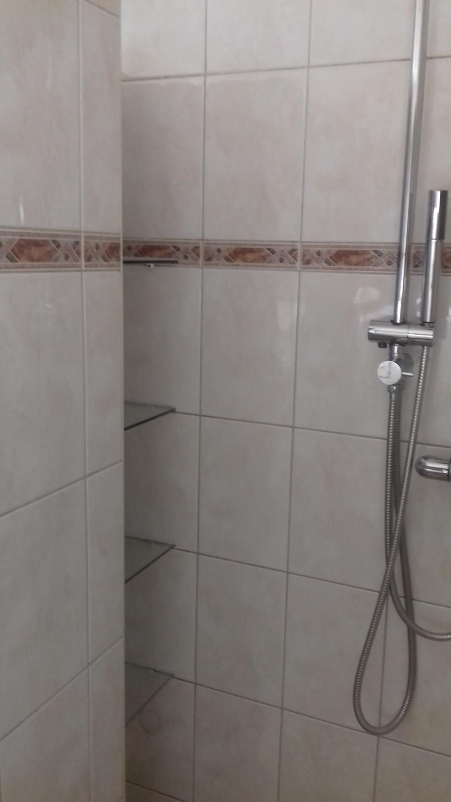 Badkamer en Toilet renovatie Zwolle - De Klussenier Wout Hansman