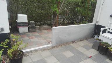 Betonnen afscheiding tuin