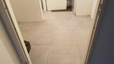 Vloer renoveren toilet en hal Alphen a/d Rijn