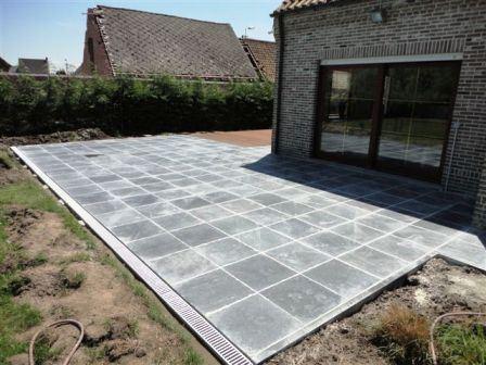 aanleggen tweedelig terras in Erpe-Mere