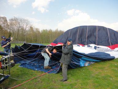 klaar maken van de nieuwe klussenierballon