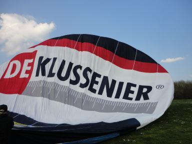 vullen van de ballon met koude lucht