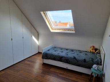Velux raam plaatsen in Opwijk; raam en isolatie geplaatst