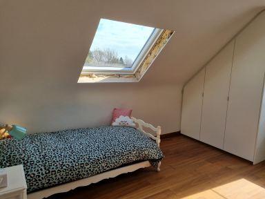 Velux raam plaatsen in Opwijk; kamer twee tijdens de werken