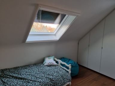 Velux raam plaatsen in Opwijk; kamer twee na de werken