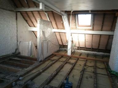 Zolder en trapzaal renovatie Sint Amandsberg