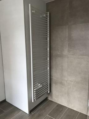 Elektrische verwarming met blaaselement