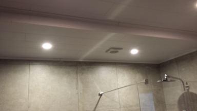 Badkamer renovatie te Serskamp.