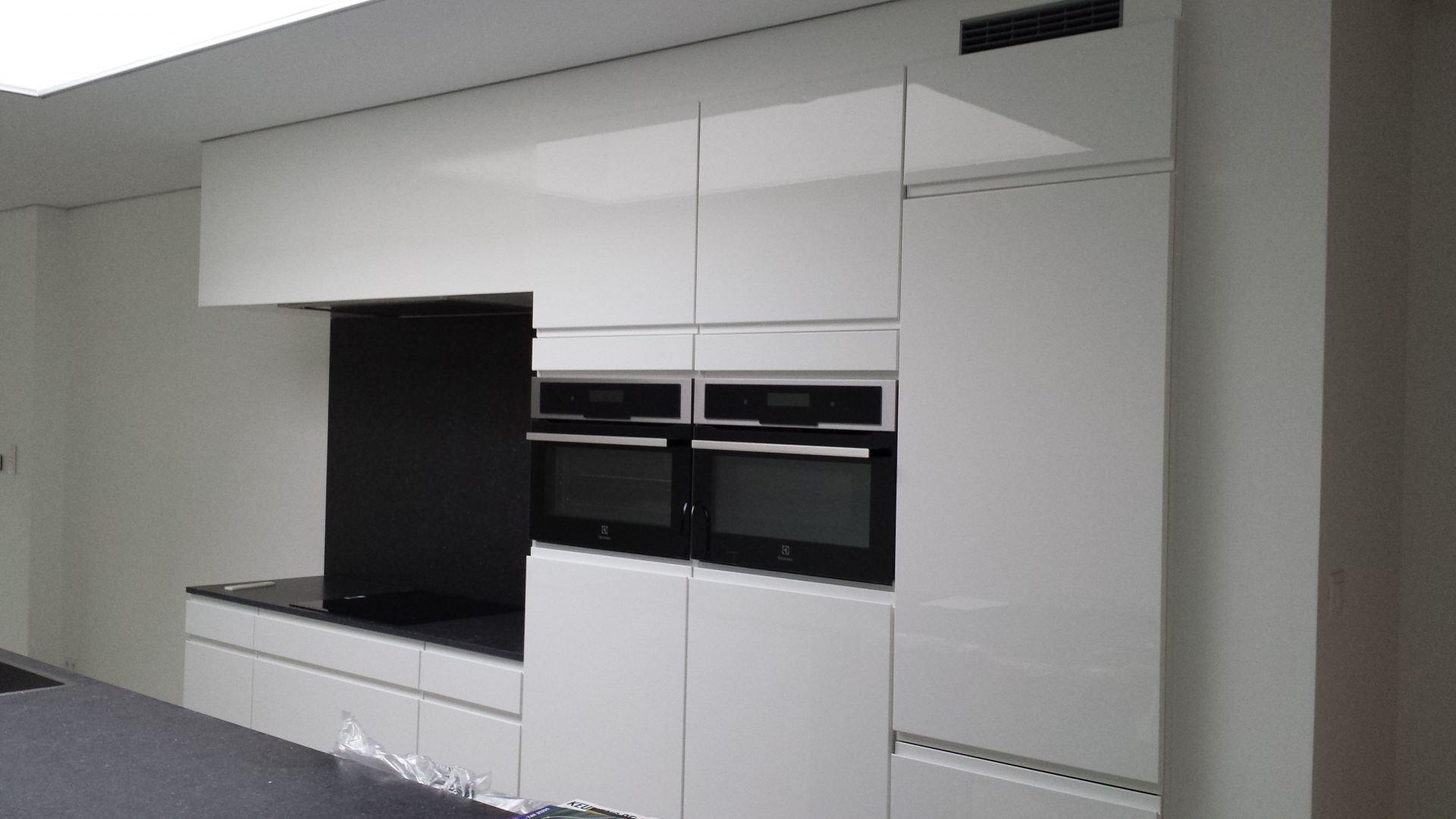 Keuken renovatie te sint niklaas. de klussenier frankie coppens