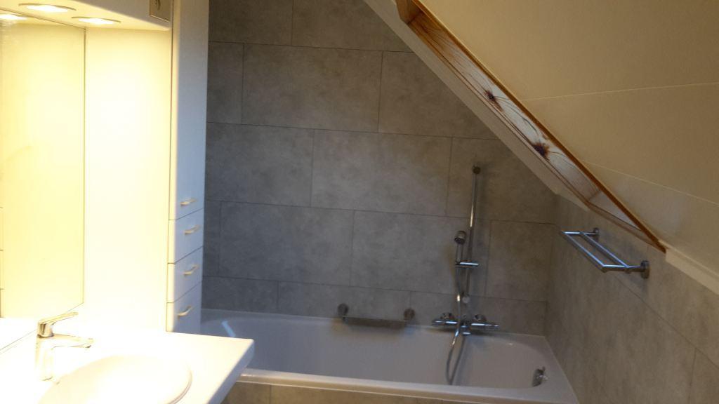 """badkamer betegelen met """"Dumawall+"""" Hechtel"""