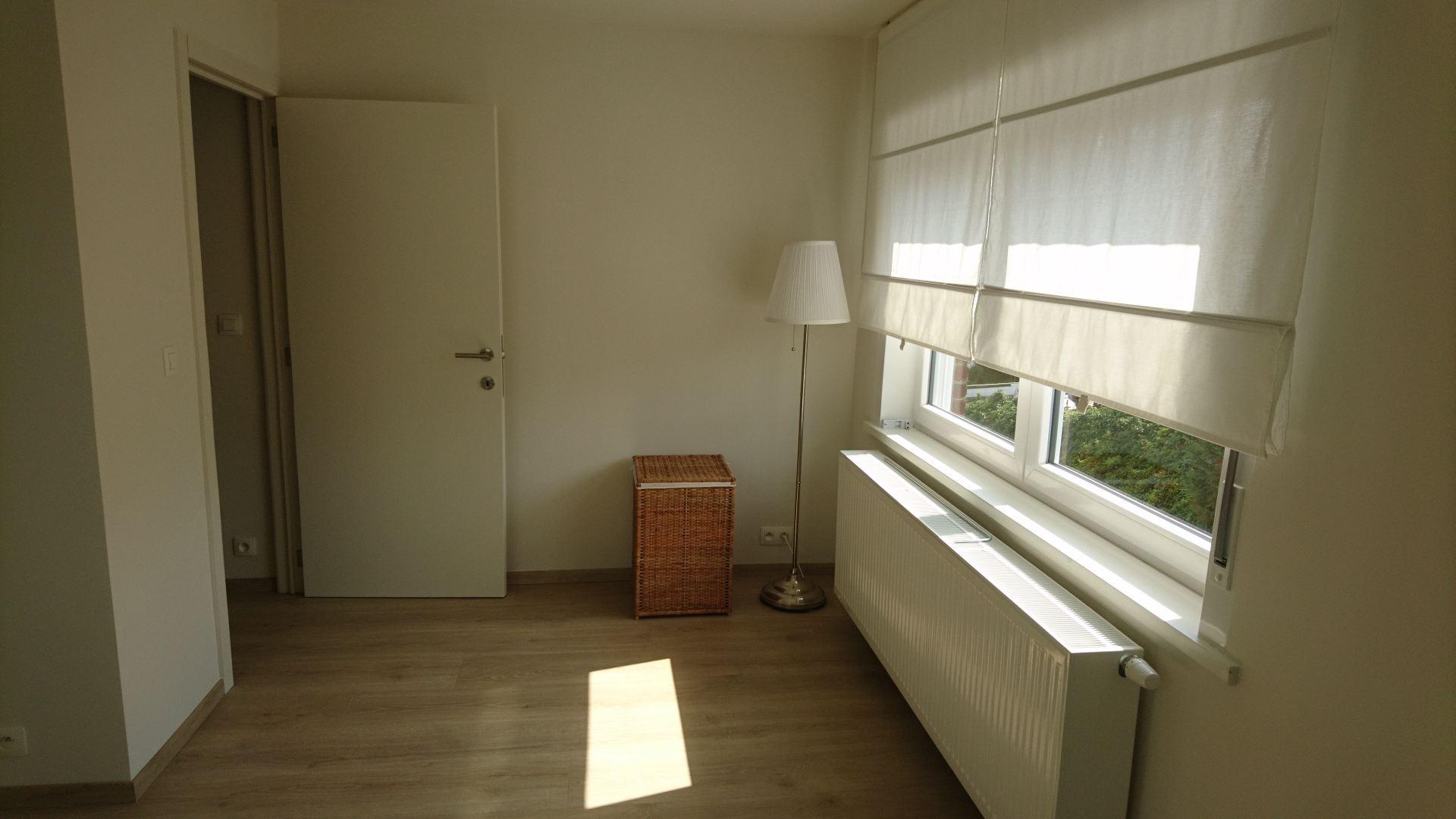 Renovatie van zolderruimte in 2 kamers en 1 badkamer en gang - De ...