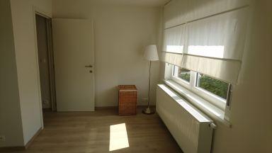 Renovatie van zolderruimte in 2 kamers en 1 badkamer en gang
