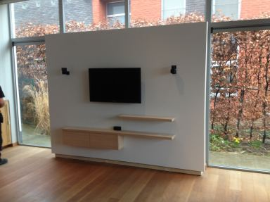 maatwerk audio-video wand in Holsbeek