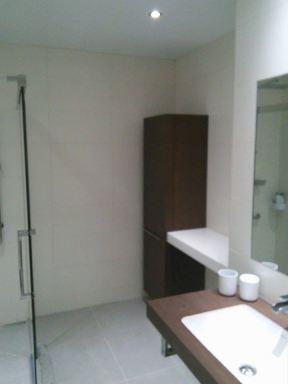 Badkamerrenovatie voor mindervalide in Lanaken.