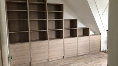 Boekenkast met trap zolderverdieping Oosterhout
