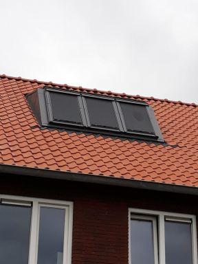 Zolder - Velux dakkapel voorzien van zonwerking te Nijmegen