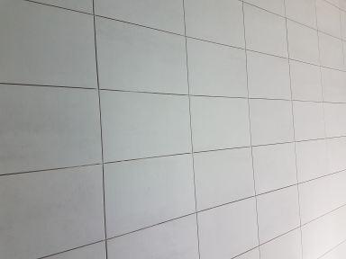 Verbouwing badkamer Helmond wanden betegeld