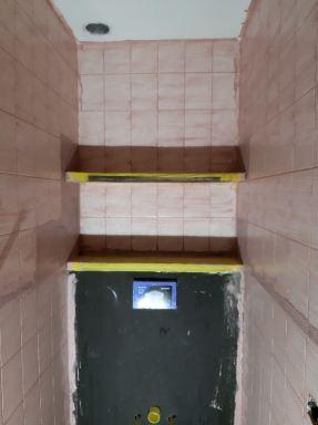Verbouwing toilet Best